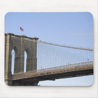 The Brooklyn Bridge in New York City, New 2 Mouse Pad