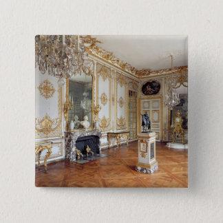 The Cabinet de la Pendule Button