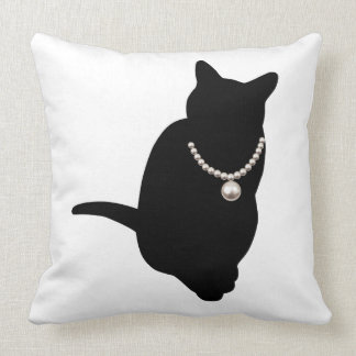 The cat cushion Cat&Pearl cushion 02 which