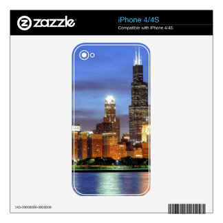 The Chicago skyline from the Adler Planetarium Skin For The iPhone 4