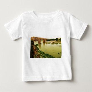 The City of Hasankeyf, Turkey  PHOTO Tshirts