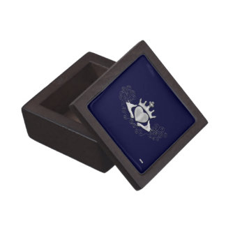 The Claddagh (Silver) Gift Box