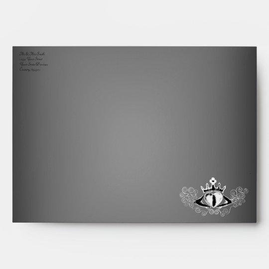 The Claddagh (White) Envelope