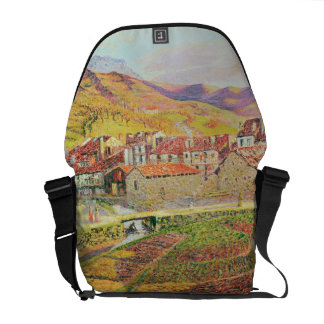 The Countryside Courier Bag