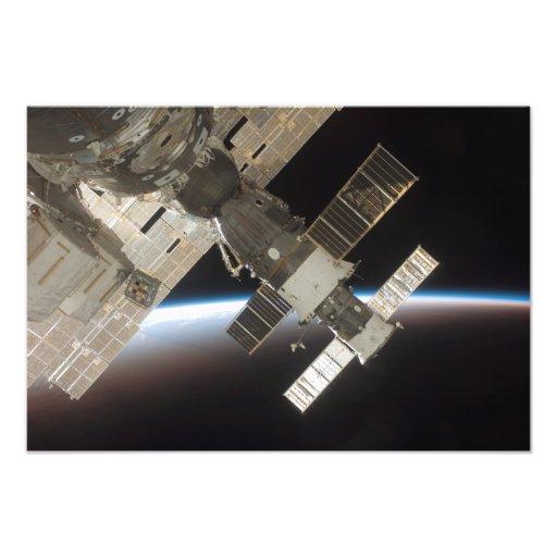 The docked Soyuz 13 Photo