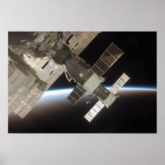 The docked Soyuz 13 Print