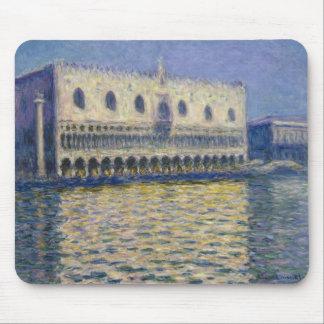The Doges Palace (Le Palais Ducal) by Claude Monet Mouse Pad