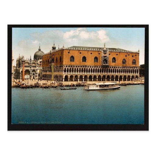 The Doges' Palace, Venice, Italy vintage Photochro Postcard