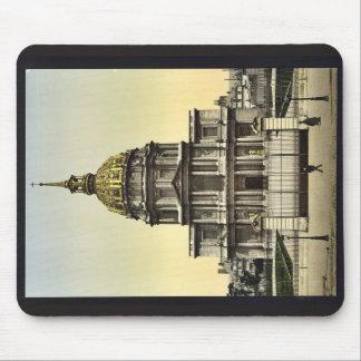 The Dome des Invalides, Paris, France vintage Phot Mousepads