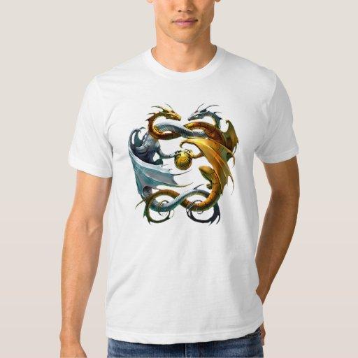 The dragons play balloon - T-Shirt