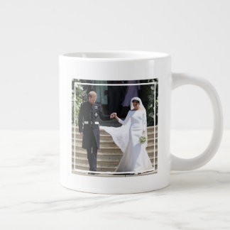 The Duke and Duchess of Sussex Holding Hands Giant Coffee Mug