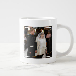 The Duke & Duchess of Sussex: At the Altar Giant Coffee Mug