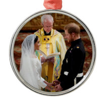 The Duke & Duchess of Sussex: Exchanging Vows Metal Ornament