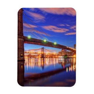 The East River, Brooklyn Bridge, Manhattan Magnet