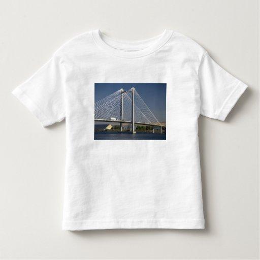 The Ed Hendler Bridge spans the Columbia River Toddler T-shirt