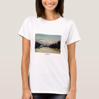 The Eiffel Tower Henri Rousseau 1898 T-Shirt