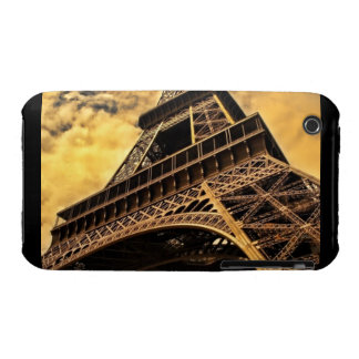 The Eiffel tower in Paris France iPhone 3 Case-Mate Case