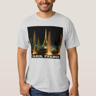 The Eiffel Tower (La Tour Eiffel,is a puddle iron T-shirt