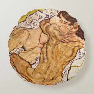 The Embrace, 1917 Round Pillow