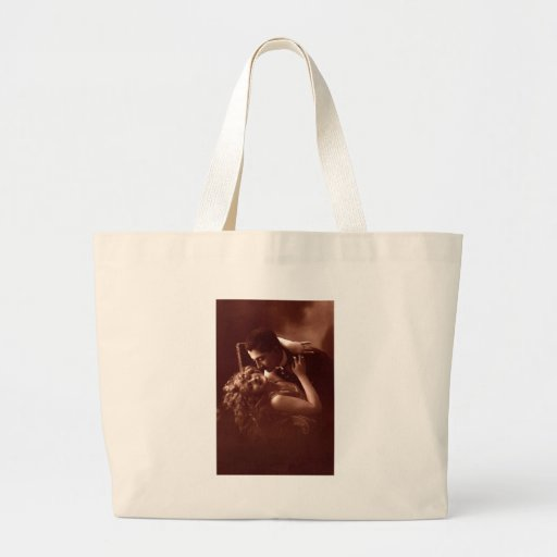 The Embrace Bag