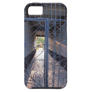The entrance to the apartment building iPhone 5 cover
