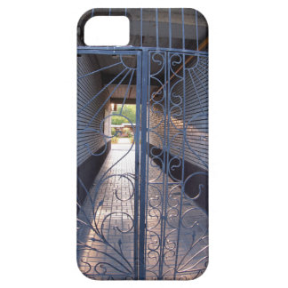 The entrance to the apartment building iPhone 5 case