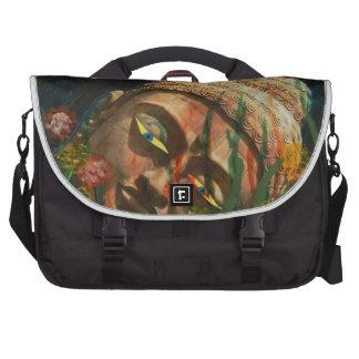 The fallen idol computer bag