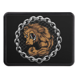 The fighting bear hitch cover