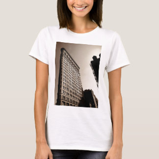 The Flatiron Building - Classic New York City T-Shirt
