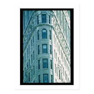 The Flatiron Building (photo) 2 Postcard