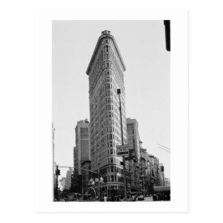 The Flatiron Building (photo) Postcard