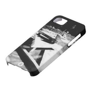 The Fountain iPhone SE/5/5s Case