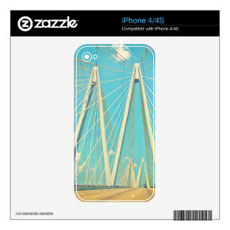 The Fred Hartman Bridge Decal For The iPhone 4S