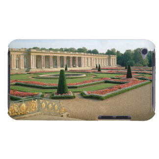 The Garden Facade of the Grand Trianon, 1687 (phot Case-Mate iPod Touch Case