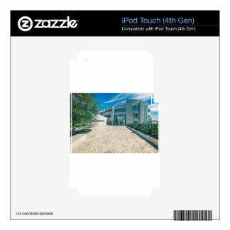 The Getty Center Research Institute Front Approach iPod Touch 4G Skin
