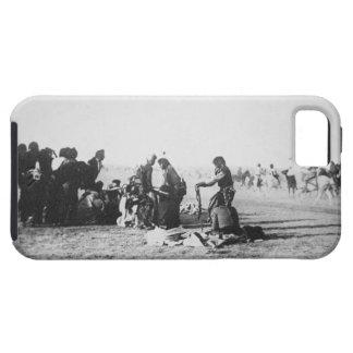 The Ghost Dance, South Dakota, 1890 (b/w photo) iPhone SE/5/5s Case