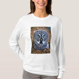 The Great Grey Owl Strix Nebulosa Lapland Owl T-Shirt