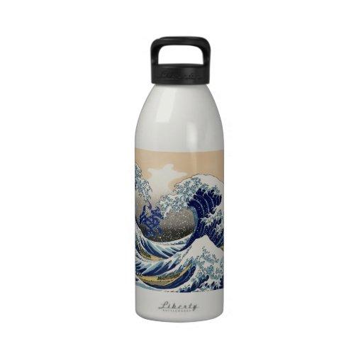 The Great Wave + 海=Ocean. Reusable Water Bottle