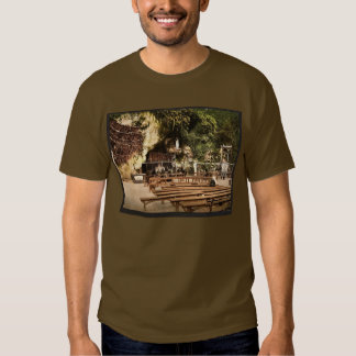 The grotto of Notre Dame, Lourdes, Pyrenees, Franc T-shirt
