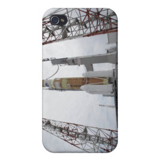 The H-IIB rocket on the launch pad iPhone 4/4S Case
