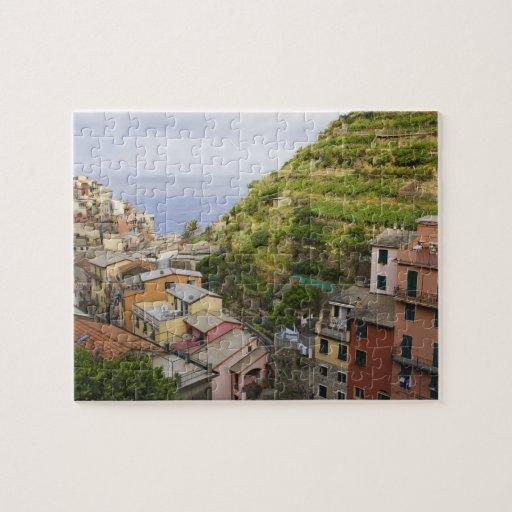 the hillside village of Manarola-Cinque Terre, Puzzle