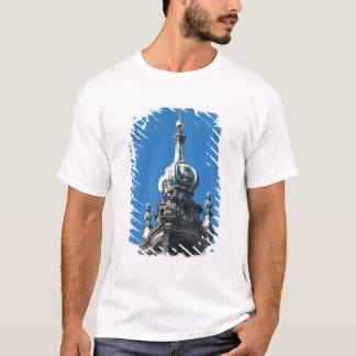 The hofkirche (Church of the Court) Dresden 2 T-Shirt