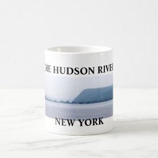 THE HUDSON RIVER mug