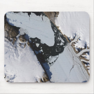 The ice island mouse pad