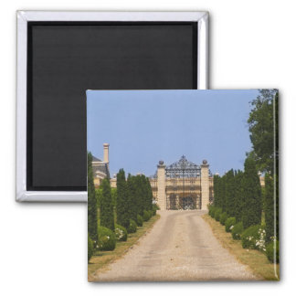 The imposing entrance to Chateau Haut Sarpe, the Magnet