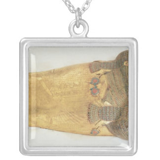 The innermost coffin of the king square pendant necklace