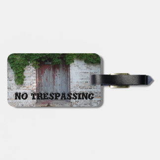 THE IVY DOOR LUGGAGE TAG