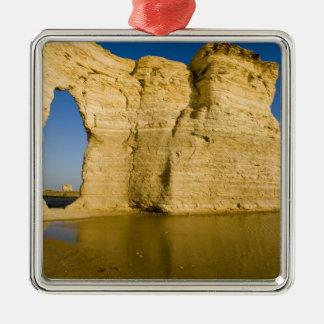 The Keyhole of the Monument Rocks aka Chalk Metal Ornament