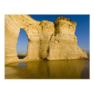 The Keyhole of the Monument Rocks aka Chalk Postcard
