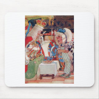 THE KING AND QUEEN OF HEARTS QUESTIONS THE COOK MOUSE PAD